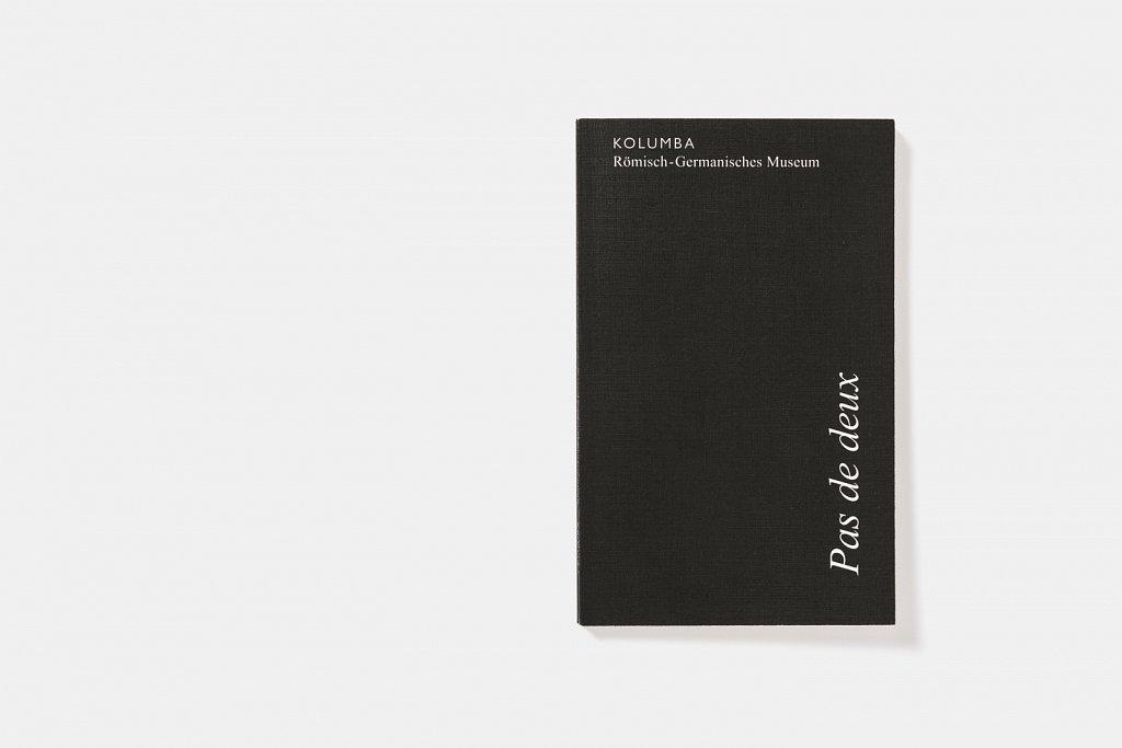 kolumba-repro-pas-de-deux-001-tino-grass-publishers.jpg